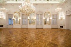 城堡内部镜子空间 库存图片