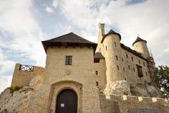 城堡前面在Bobolice -波兰,西里西亚。 图库摄影