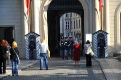 城堡卫兵布拉格 免版税库存照片