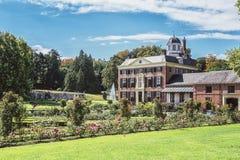 城堡和公园位于Nethe的Rozendaal的Rosendael 库存图片