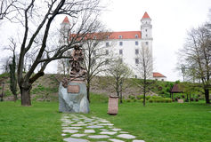 城堡和公园在布拉索夫,斯洛伐克,欧洲 免版税库存照片