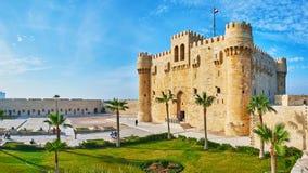 城堡和庭院,亚历山大,埃及全景  库存图片
