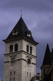城堡和时钟 免版税库存照片