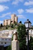 城堡和白色镇, Velez布兰科,西班牙。 免版税库存照片