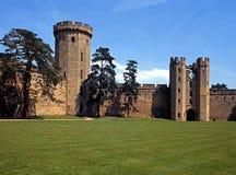 城堡和陆运, Warwick,英国。 免版税图库摄影
