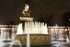 城堡喷泉米兰sforza 免版税库存图片
