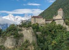 城堡在南蒂罗尔 免版税库存图片