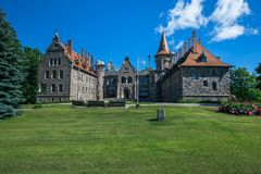 城堡在城市采斯瓦伊内,老 中世纪城堡14世纪 Latv 库存图片