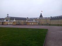 城堡在德国镇卡尔斯鲁厄 库存照片