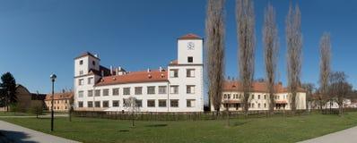 城堡在镇Bucovice在捷克 免版税库存照片