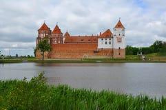 城堡在Mir村庄  迟来的 库存照片