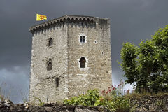 城堡塔La游览Moncade,城市Orthez,法国 免版税图库摄影