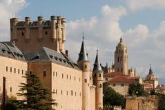 城堡大教堂segovia 免版税库存图片