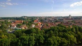 从城堡小山的全景在维尔纽斯 免版税库存图片