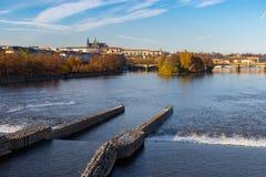 城堡布拉格河vltava 库存图片