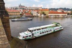 城堡布拉格视图 免版税库存图片