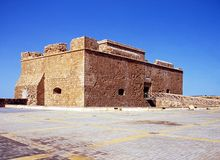 城堡废墟,帕福斯,塞浦路斯。 免版税图库摄影