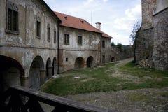 城堡庭院 免版税库存照片
