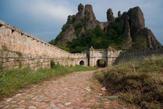 城堡形成石头 免版税库存图片
