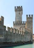 城堡意大利sirmione 库存图片