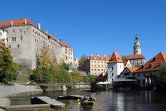 城堡捷克krumlov城镇科教文组织 库存图片