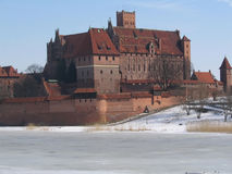 城堡授以爵位条顿人的malbork 库存照片
