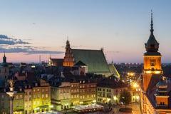 城堡晚上皇家华沙 库存照片