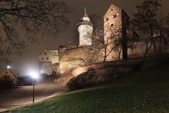 城堡晚上纽伦堡 库存图片