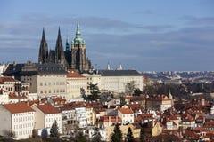 城堡欧洲老照片布拉格河旅行vltava 圣Vitus大教堂从Strahov修道院观察台的  布拉格 cesky捷克krumlov中世纪老共和国城镇视图 库存照片