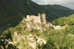 城堡比利牛斯usson 免版税库存图片