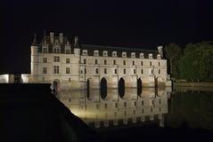 城堡照明晚上 免版税库存图片
