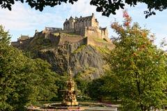 城堡爱丁堡喷泉罗斯・苏格兰 免版税库存照片