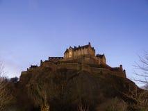 城堡爱丁堡晚上 免版税库存图片