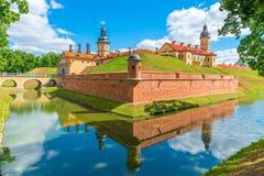 城堡的巨大看法在涅斯维日 免版税库存照片
