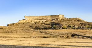 城堡的废墟在圣埃斯特万de戈尔马斯,索里亚,西班牙省  库存图片