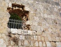 城堡窗口 免版税库存图片
