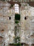城堡窗口 免版税库存照片