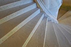 城堡老螺旋形楼梯 免版税图库摄影