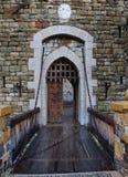 城堡老门吊桥 免版税库存图片