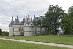 城堡肖蒙卢瓦尔河路径sur 免版税库存照片
