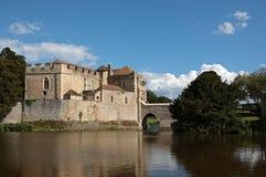城堡英国肯特湖利兹 库存图片