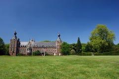 城堡草坪 免版税图库摄影