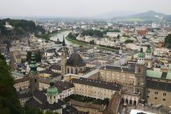 城堡被看见的萨尔茨堡 库存照片