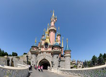 城堡迪斯尼乐园神仙巴黎 免版税库存图片