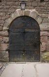 城堡门haut有历史的koenigsbourg 库存图片