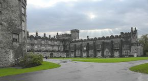 城堡陆运 库存照片