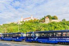 城堡,与电车,布拉索夫 免版税库存照片