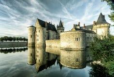 城堡(大别墅)玷污苏尔卢瓦尔河,法国 免版税库存照片