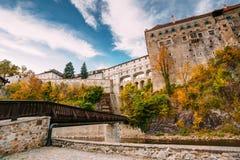 城堡cesky捷克krumlov保护的共和国科教文组织 晴朗 免版税库存图片