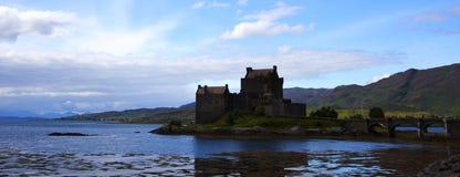 城堡donan eilean苏格兰 库存照片